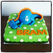 Dinosaurus taart